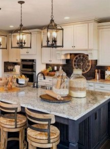 Amazing Farmhouse Kitchen Design Ideas12