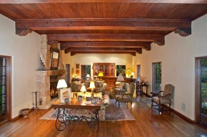 Amazing Living Rooms Design Ideas With Exposed Wooden Beams 35