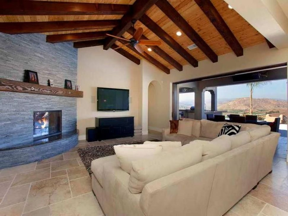 Amazing Living Rooms Design Ideas With Exposed Wooden Beams 41