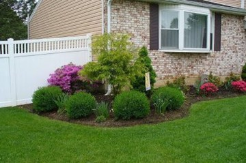 Enchanting Front Of House Landscaping Ideas03