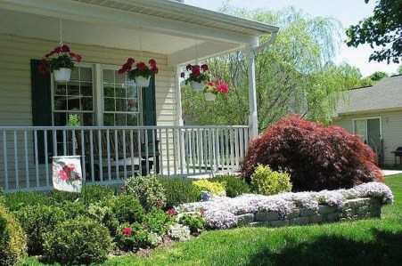 Enchanting Front Of House Landscaping Ideas09
