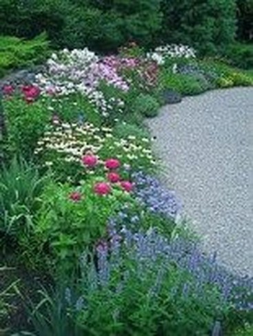 Enchanting Front Of House Landscaping Ideas28
