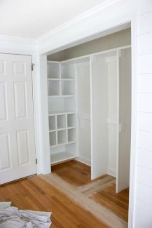 Impressive Walk In Closet Organization Ideas14