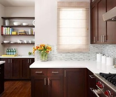 Magnficient Small Kitchens Ideas With Dark Cabinets35