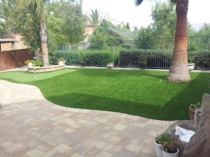 Wonderful Grass Landscaping Ideas For Home Yard38