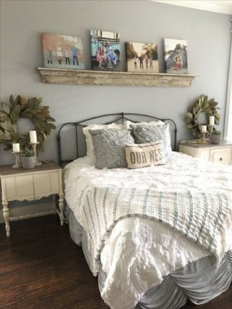 Awesome Bedroom Decor Ideas With Farmhouse Style 13