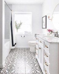 Cool Tile Pattern Design Ideas For Bathroom 31