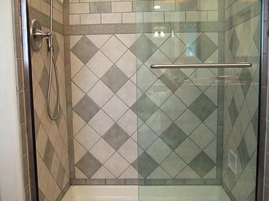Cool Tile Pattern Design Ideas For Bathroom 35