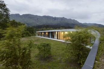 Elegant Sustainable Architecture Ideas For Green Building 02