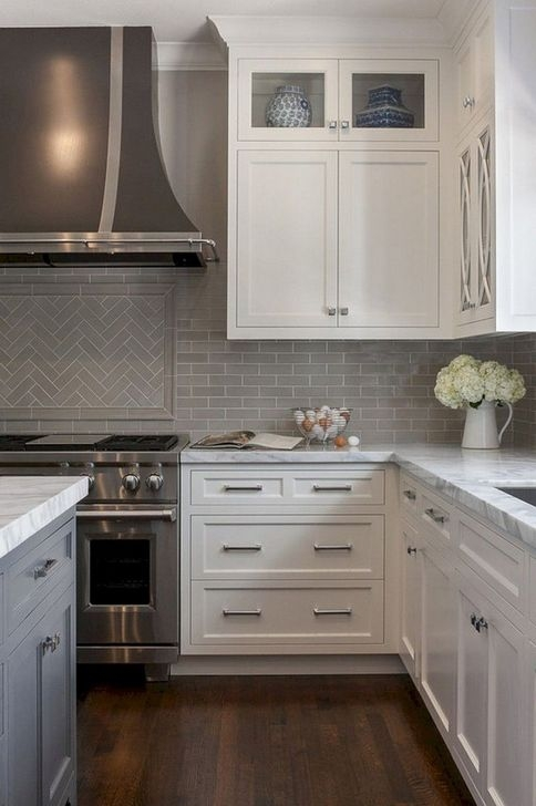 Lovely White Backsplash Design And Decor Ideas For Kitchen 16