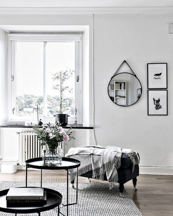 Relaxing Black And White Decor Ideas For Your Room 34