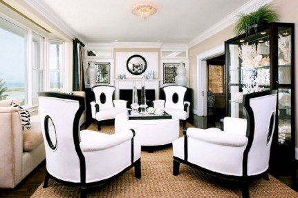 Relaxing Black And White Decor Ideas For Your Room 38