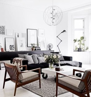Relaxing Black And White Decor Ideas For Your Room 41