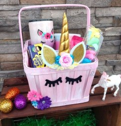 Gorgeous Easter Basket Ideas For Kids 39