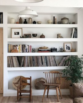 Inexpensive Bookshelf Design Ideas That Are Popular Today 21