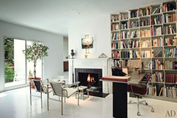Inexpensive Bookshelf Design Ideas That Are Popular Today 43