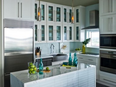 Awesome White And Clear Kitchen Design Ideas 24
