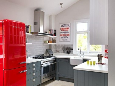 Cozy Red Kitchen Wall Decoration Ideas For You 09