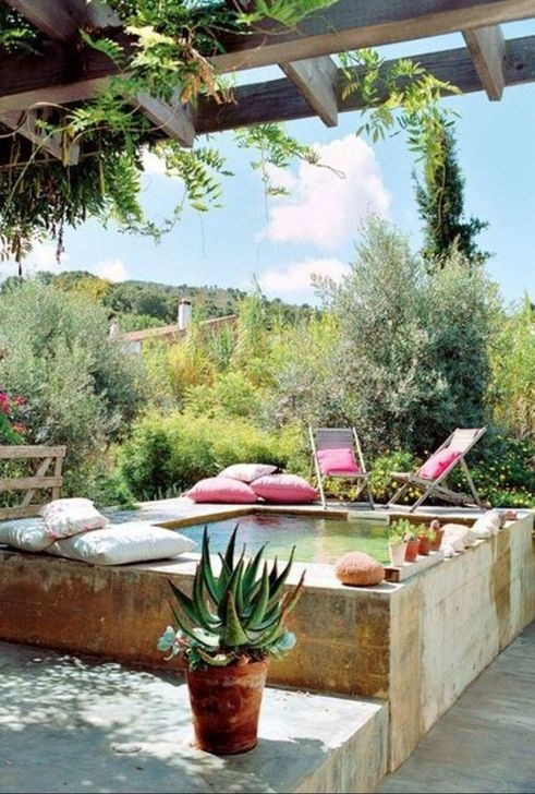 Glamorous Garden Design Ideas With Swimming Pools 34