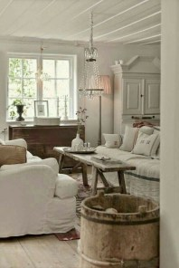Inspiring French Living Room Decorating Ideas 28