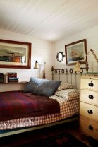 Newest Bedroom Furniture Ideas To Get The Farmhouse Vibe 33