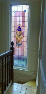 Catchy Glass Window Design Ideas For Home 15