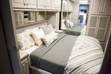 Classy Rv Camping Design Ideas For Summer Vacation 32