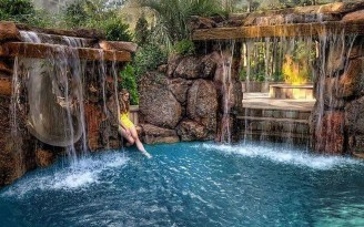 Comfy Backyard Designs Ideas With Swimming Pool Looks Cool 45