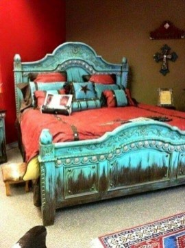 Comfy Red Bedroom Decorating Ideas For You 02