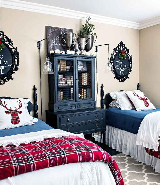 Comfy Red Bedroom Decorating Ideas For You 14