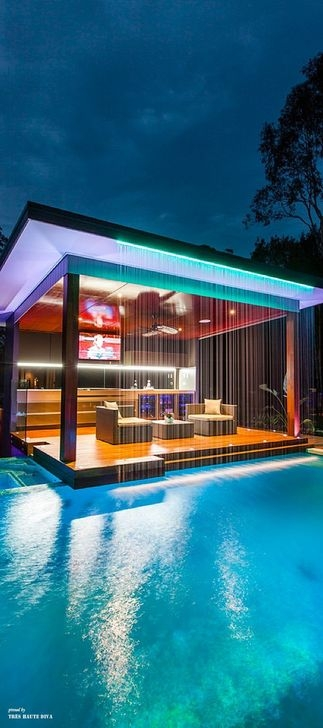 Creative Swimming Pools Design Ideas For Your Yard 19