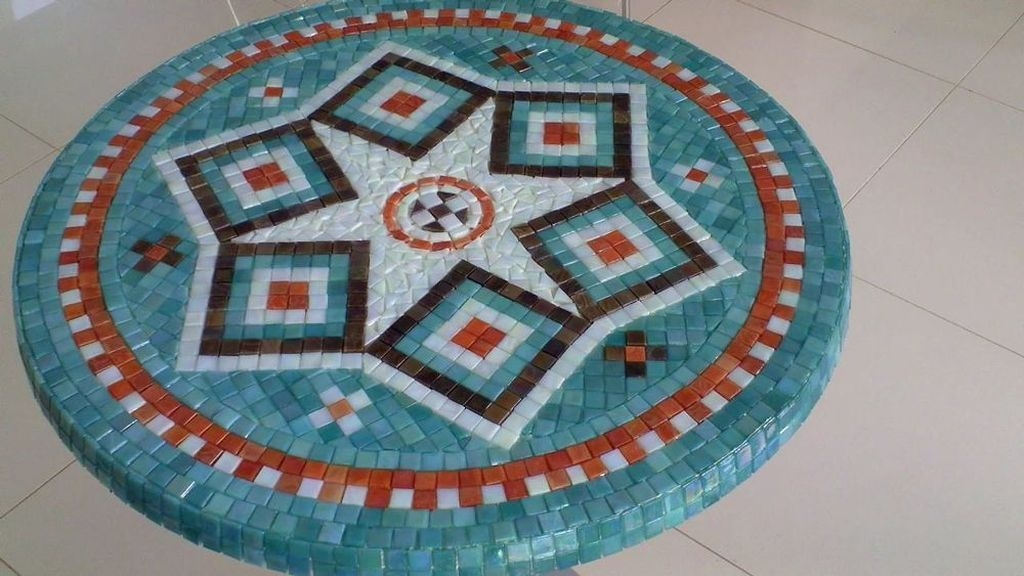 Enchanting Diy Mosaic Craft Ideas To Beautify Your Home Decoration 09