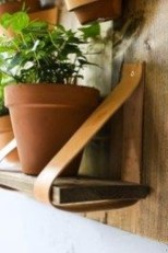 Fascinating Diy Wood And Leather Trellis Plant Ideas For Wall To Try 24