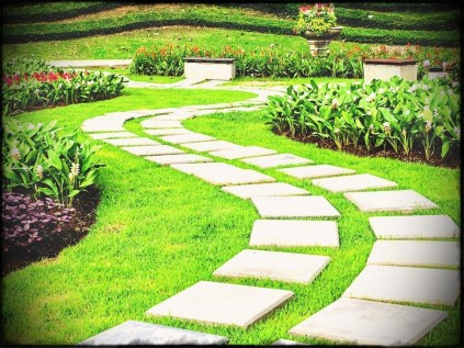 Gorgeous Landscaping Design Ideas For Beginners 23