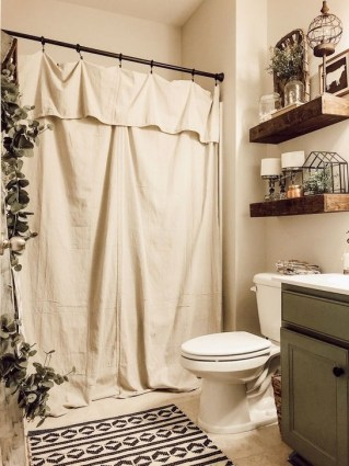 Lovely Farmhouse Bathroom Makeover Ideas To Try Right Now 27