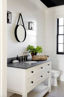 Lovely Farmhouse Bathroom Makeover Ideas To Try Right Now 42