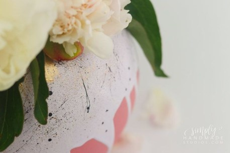 Splendid Diy Flower Vase Ideas To Add Beauty Into Your Home 14