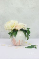Splendid Diy Flower Vase Ideas To Add Beauty Into Your Home 26