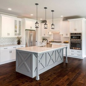 Unordinary Farmhouse Kitchen Ideas For Your House Design 42