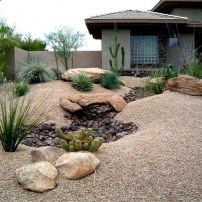 Unusual Front Yard Landscaping Design Ideas That Looks Great 18