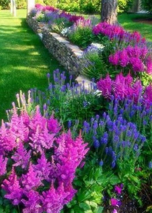 Unusual Front Yard Landscaping Design Ideas That Looks Great 23