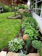 Unusual Front Yard Landscaping Design Ideas That Looks Great 28