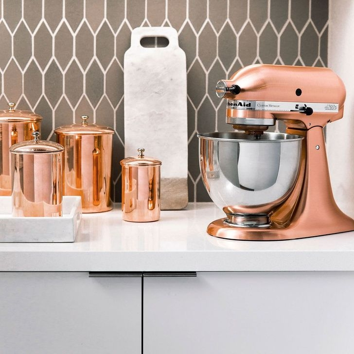 Hottest Copper Rose Gold Kitchen Themes Decorations Ideas 19