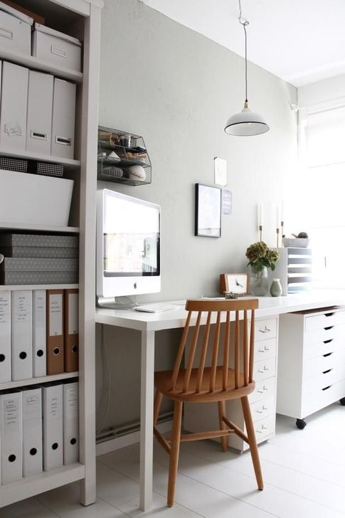 Outstanding Mini Office Design Ideas In The Living Room 18