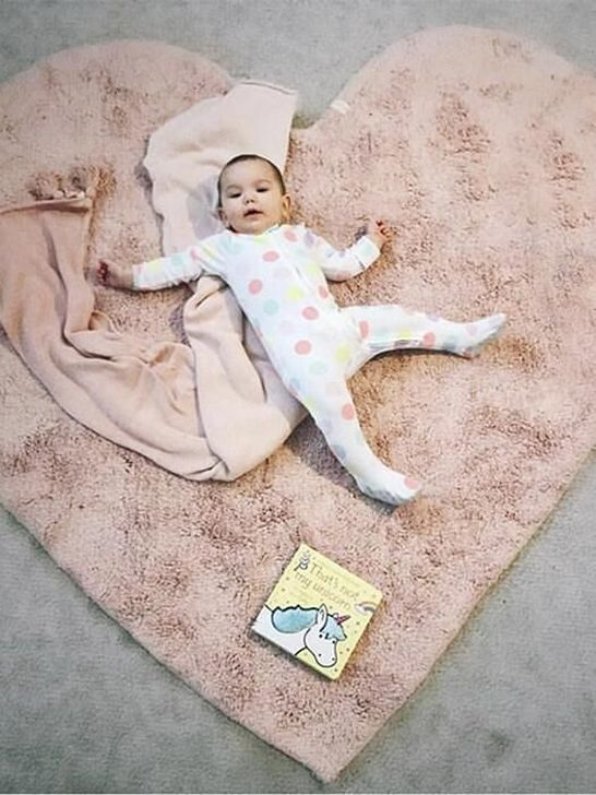 Superb Playful Carpet Designs Ideas To Surprise Your Kids 37
