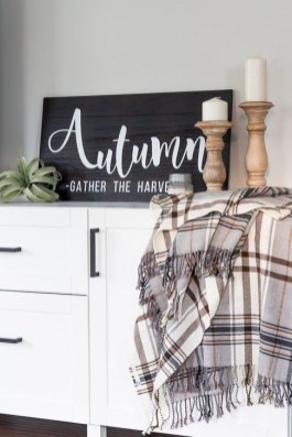 Unordinary Home Decoration Ideas For Fall To Try 08