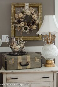 Unordinary Home Decoration Ideas For Fall To Try 18