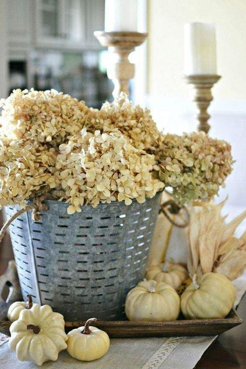 Unordinary Home Decoration Ideas For Fall To Try 38