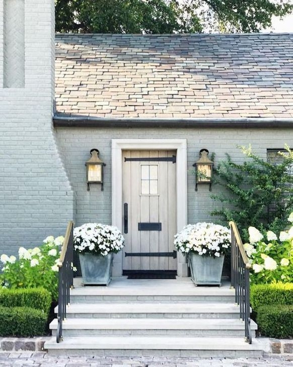 Unusual Home Exterior Designs Ideas That Look Clean And Dazzle 32