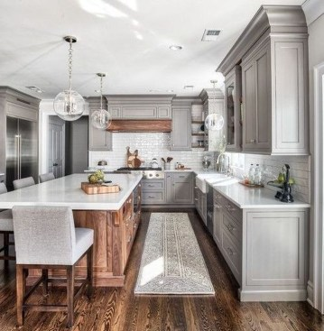 Casual Kitchen Design Ideas For The Heart Of Your Home 26